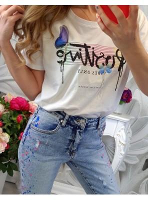 тениска с пеперуди бяла