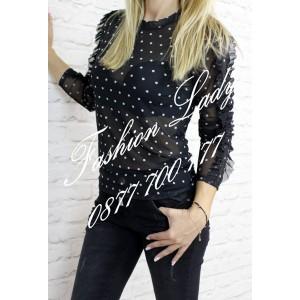 блуза на точки